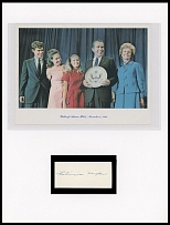 AUTOGRAPHS OF FAMOUS PEOPLE FROM FRANK M. RUDON COLLECTION - PATRICIA NIXON (THELMA CATHERINE ''PAT'' NIXON) (1912- 1993), the Second and First Lady, wife of Richard M. Nixon, the 37th President of the United States